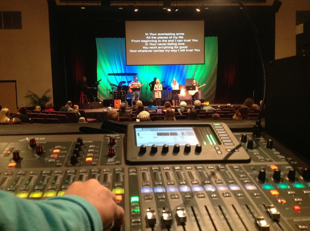 Northbrook Church, Jackson, TN