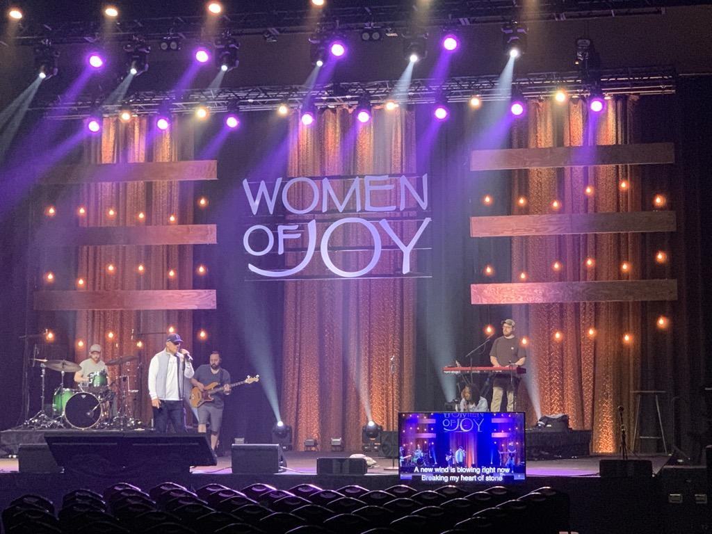 e 2021 04 08 Branson Women of Joy_10