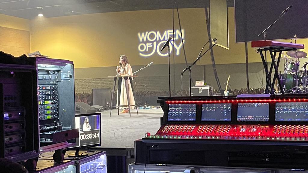 e 2021 04 08 Branson Women of Joy_37