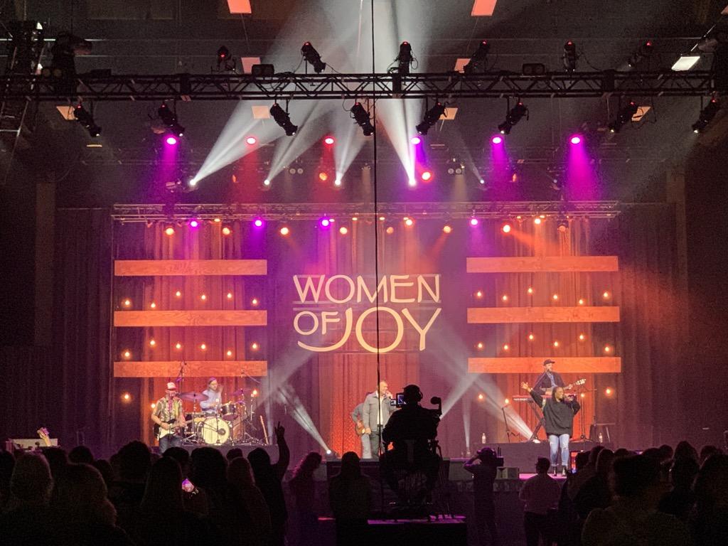 e 2021 04 25 LeConte Women of Joy_27